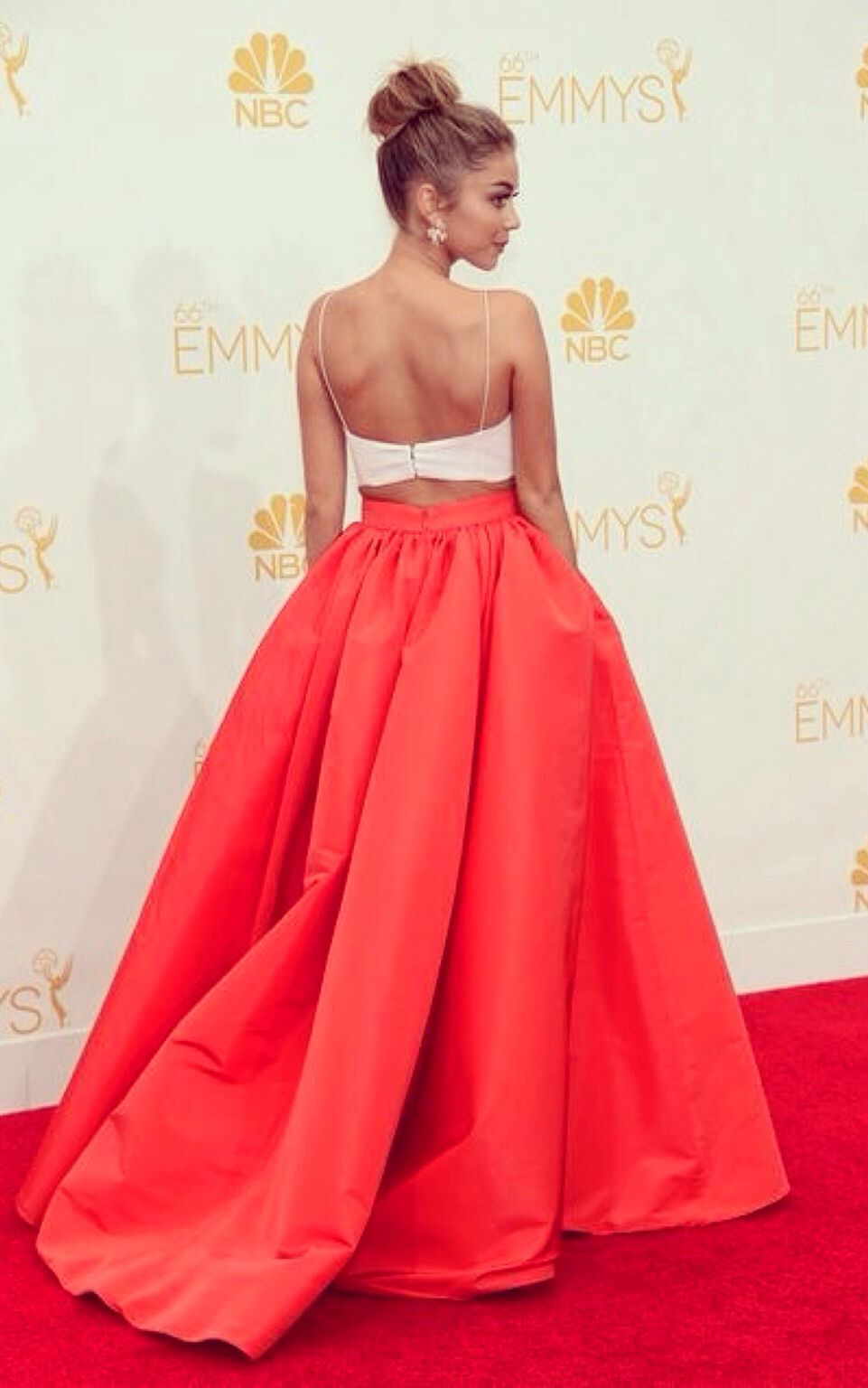 Loved this look aniversary pinterest sarah hyland gowns and