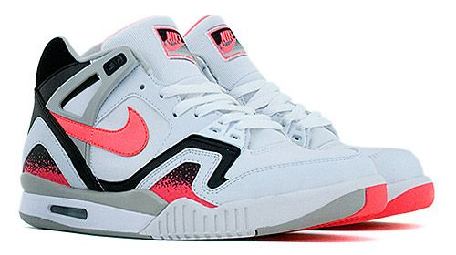 finest selection 9ea57 2772c CJs BTTF post from yesterday got me thinking about some of the shoes from  my childhood that I lusted after, and the Nike Air Tech Challenge shoes  were at t
