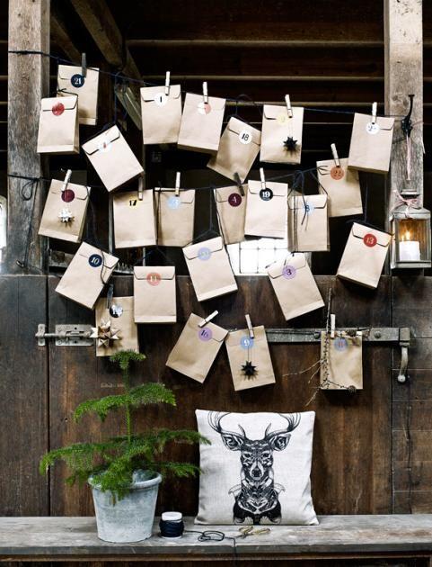Mit den praktischen Papiertüten sind die kleine Geschenke gleich verpackt und mit den Aufklebern 1-24 schnell beschriftetHersteller: Car MöbelMaterial:...