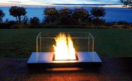 Uni Flame Ethanol Feuerstelle Von Radius. Der Rußfreie Kamin Für Drinnen  Und Draußen!