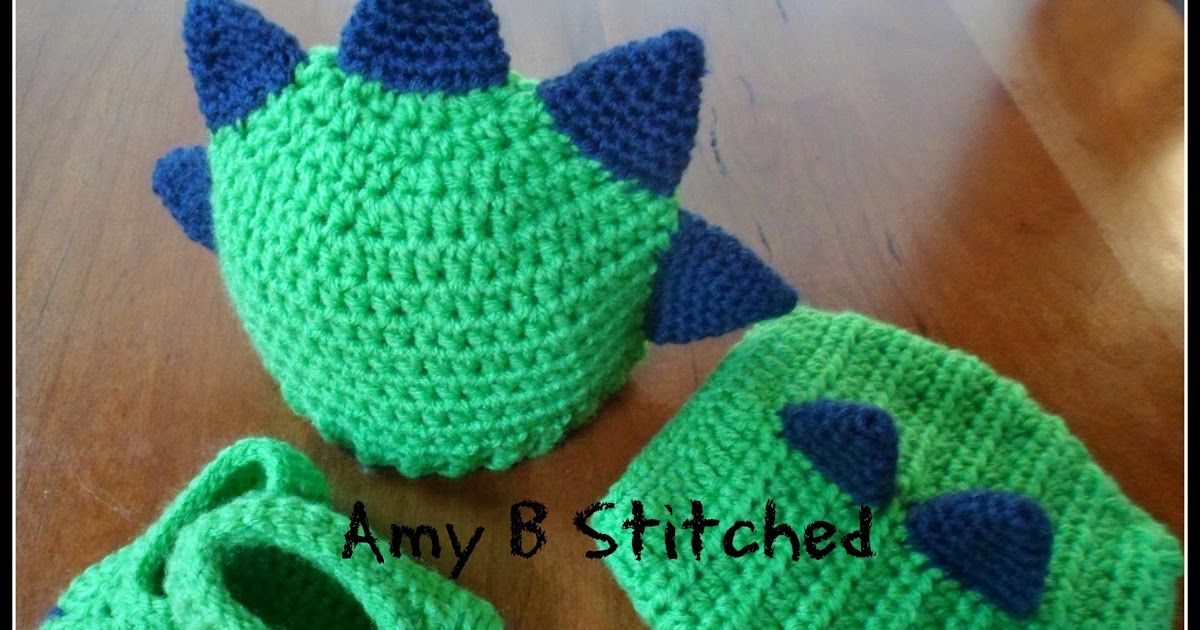 Newborn DINOSAUR BABY Hat and Diaper Cover Set AND a Pattern review ...