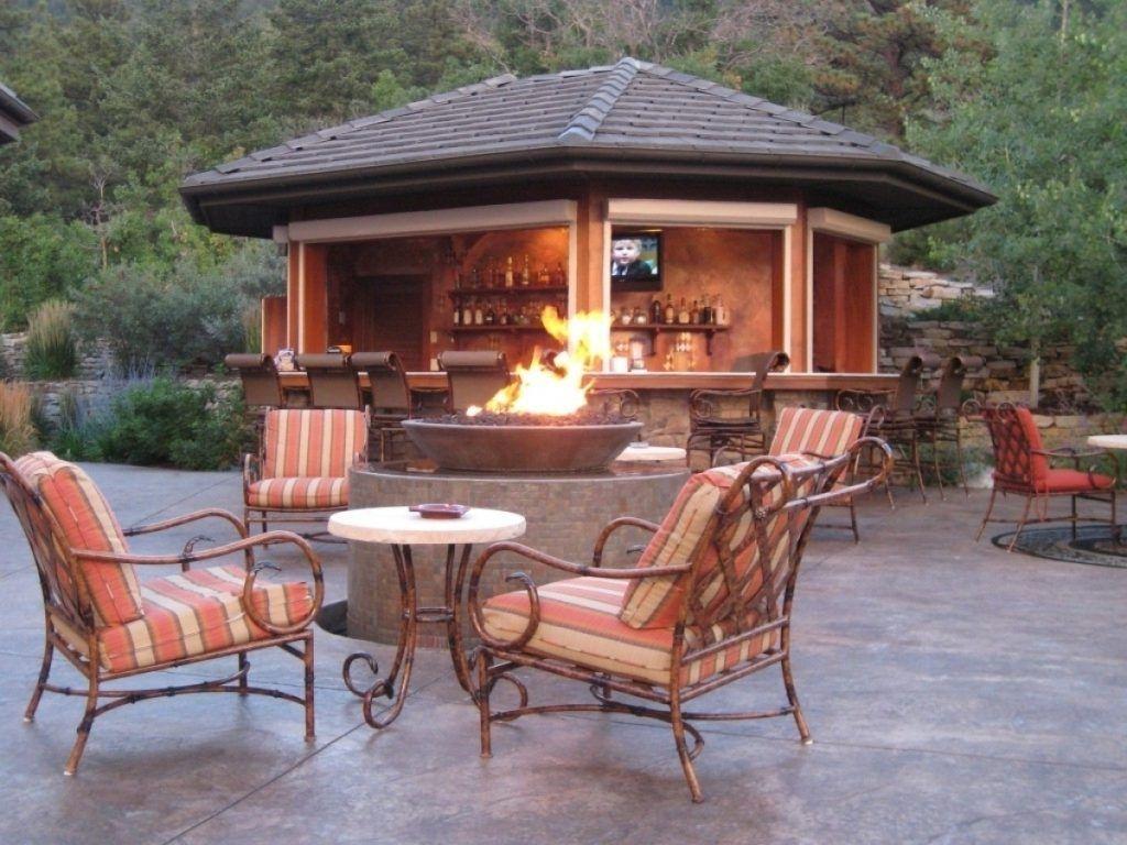 Backyard Bar Designs Gazebo Ideas Backyard With Gazebo And Deck With Gazebo Backyard Desain Eksterior Eksterior Rumah Minimalis