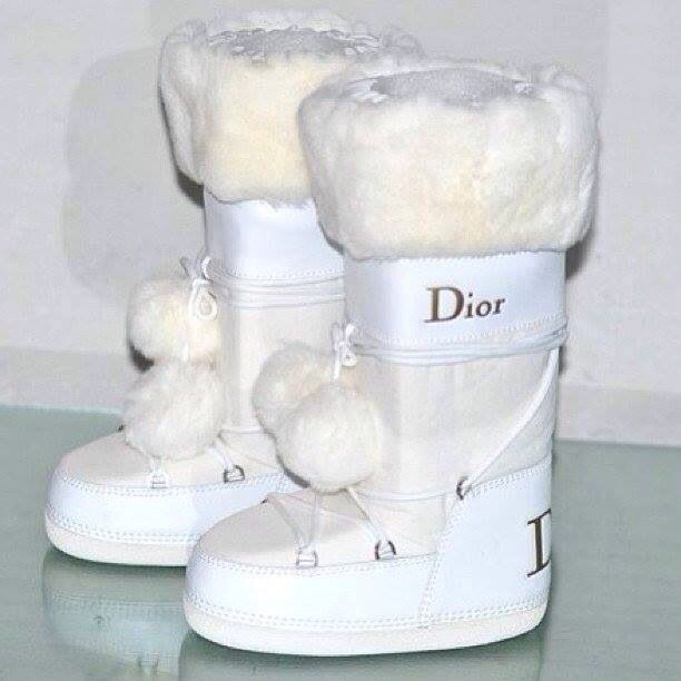 Adorable ❤️ | Dior boots, Dior kids, Boots