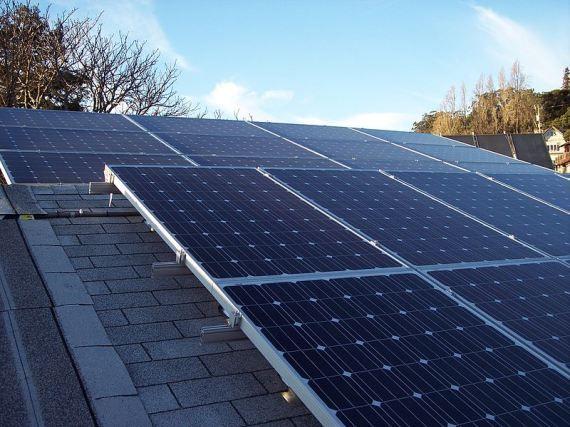Dubai Launches Rooftop Solar Program Without Any Size Limits Solar Panels Solar Energy Panels Best Solar Panels