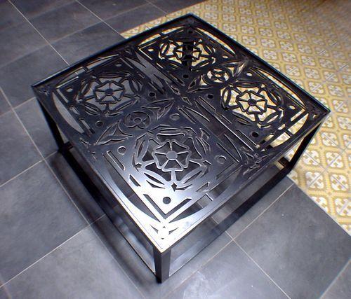 table basse design original en m tal en fer flor de. Black Bedroom Furniture Sets. Home Design Ideas
