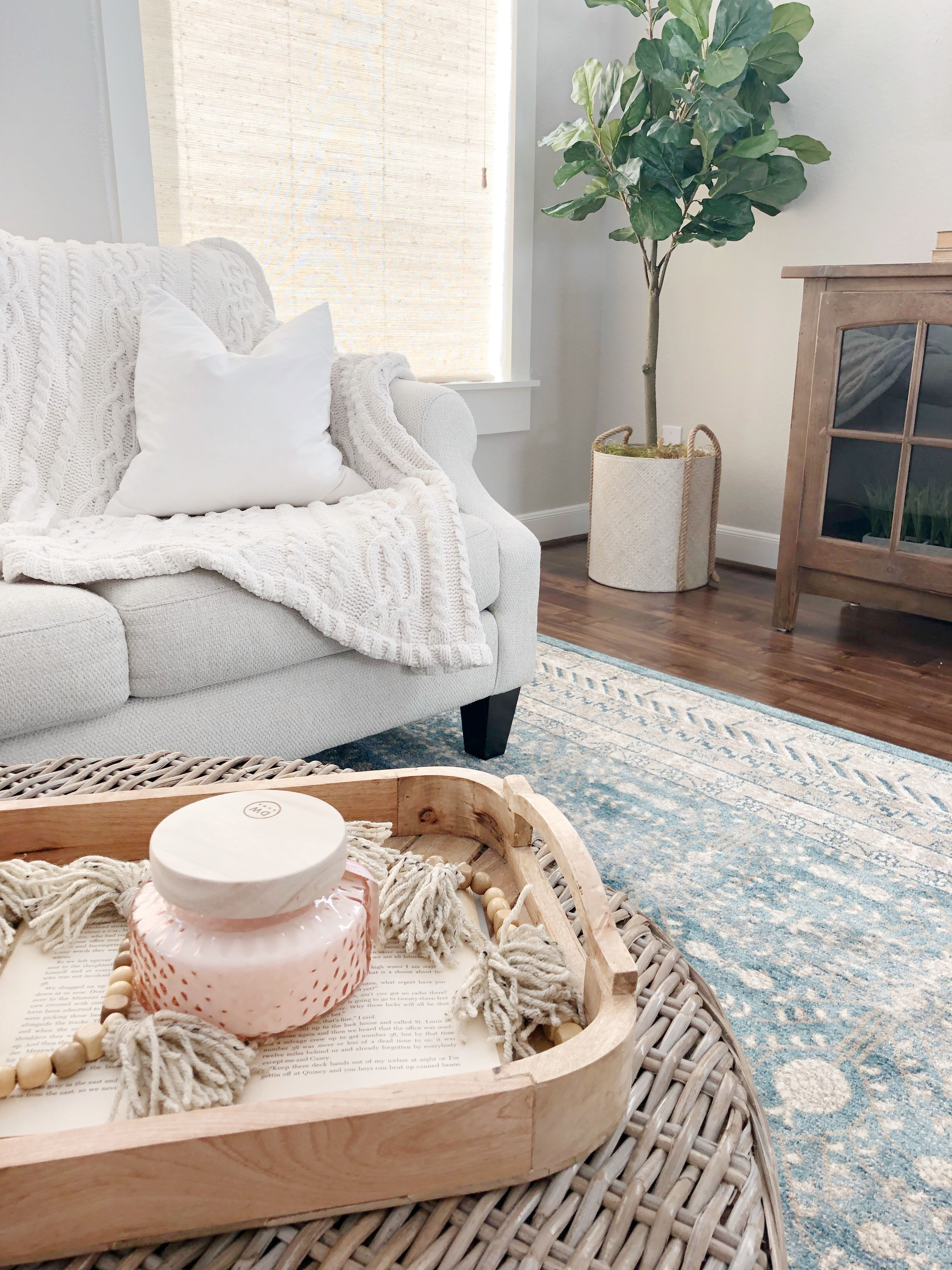Living room inspo - The Blooming Nest Blog @thebloomingnest on ...