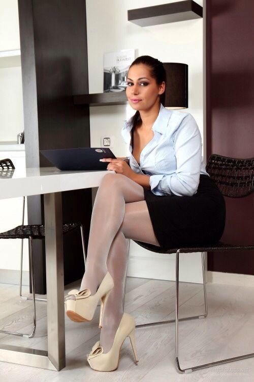 secretary fantasy office secretary fantasy pinterest skirt boots stockings heels and legs. Black Bedroom Furniture Sets. Home Design Ideas