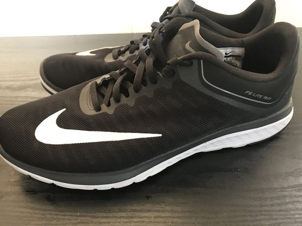 Men's Nike FS Lite Run 4 Black/White