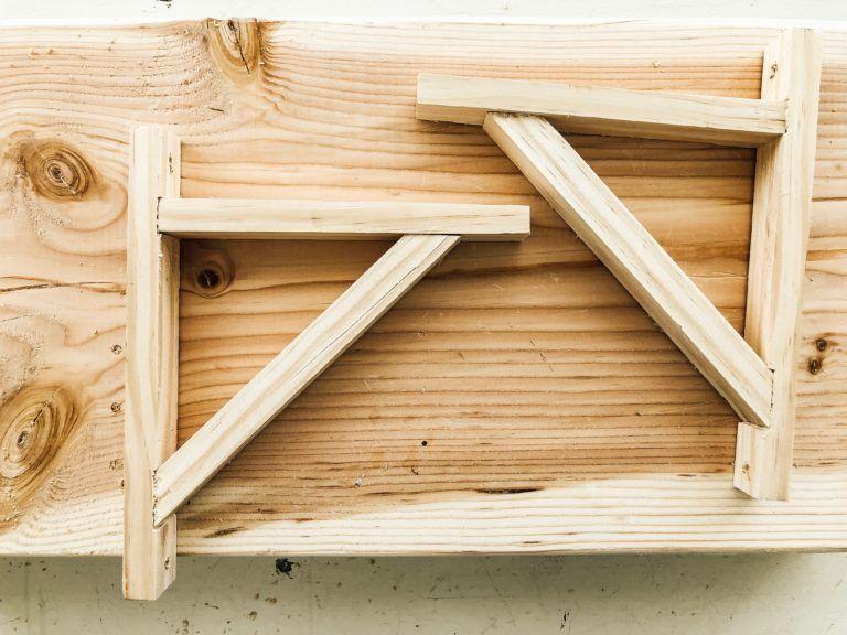Diy wood brackets diy wood shelves wood diy wood brackets