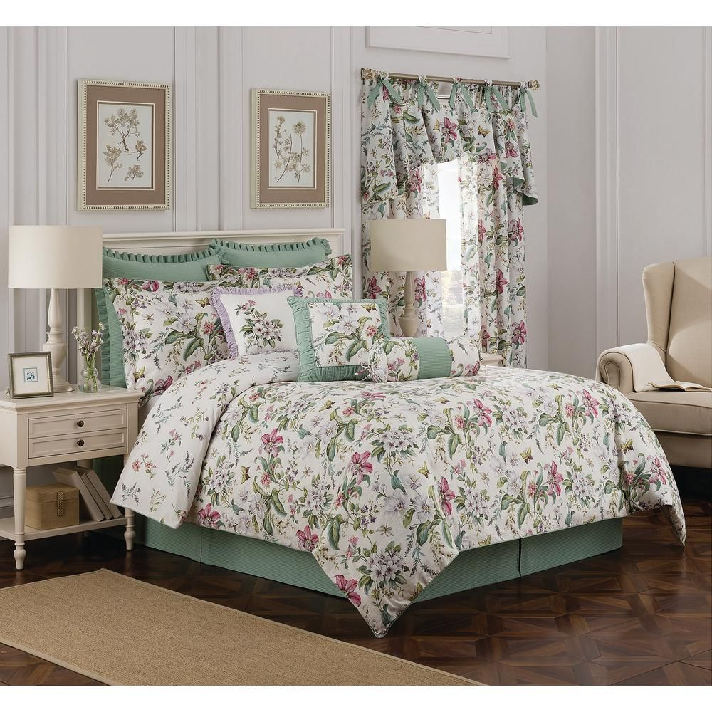 Royal Heritage Home Williamsburg Palace Green 4Piece