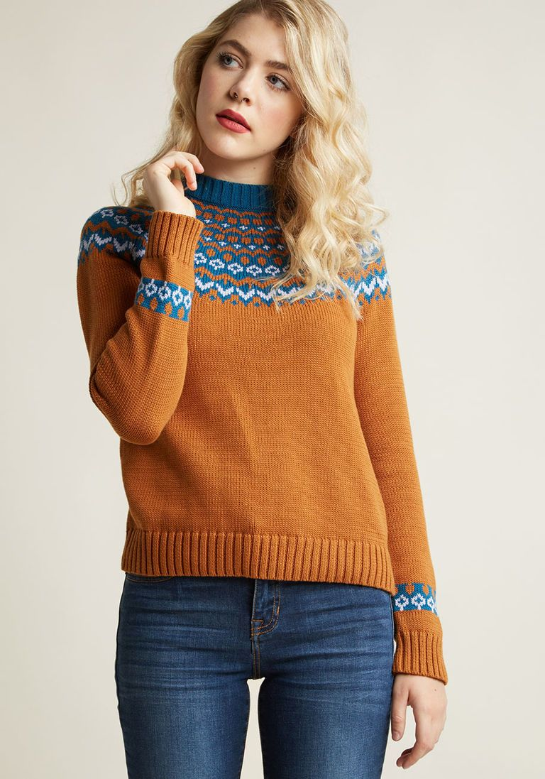 Cozy Sweater with Intarsia Design  9d678d0bb