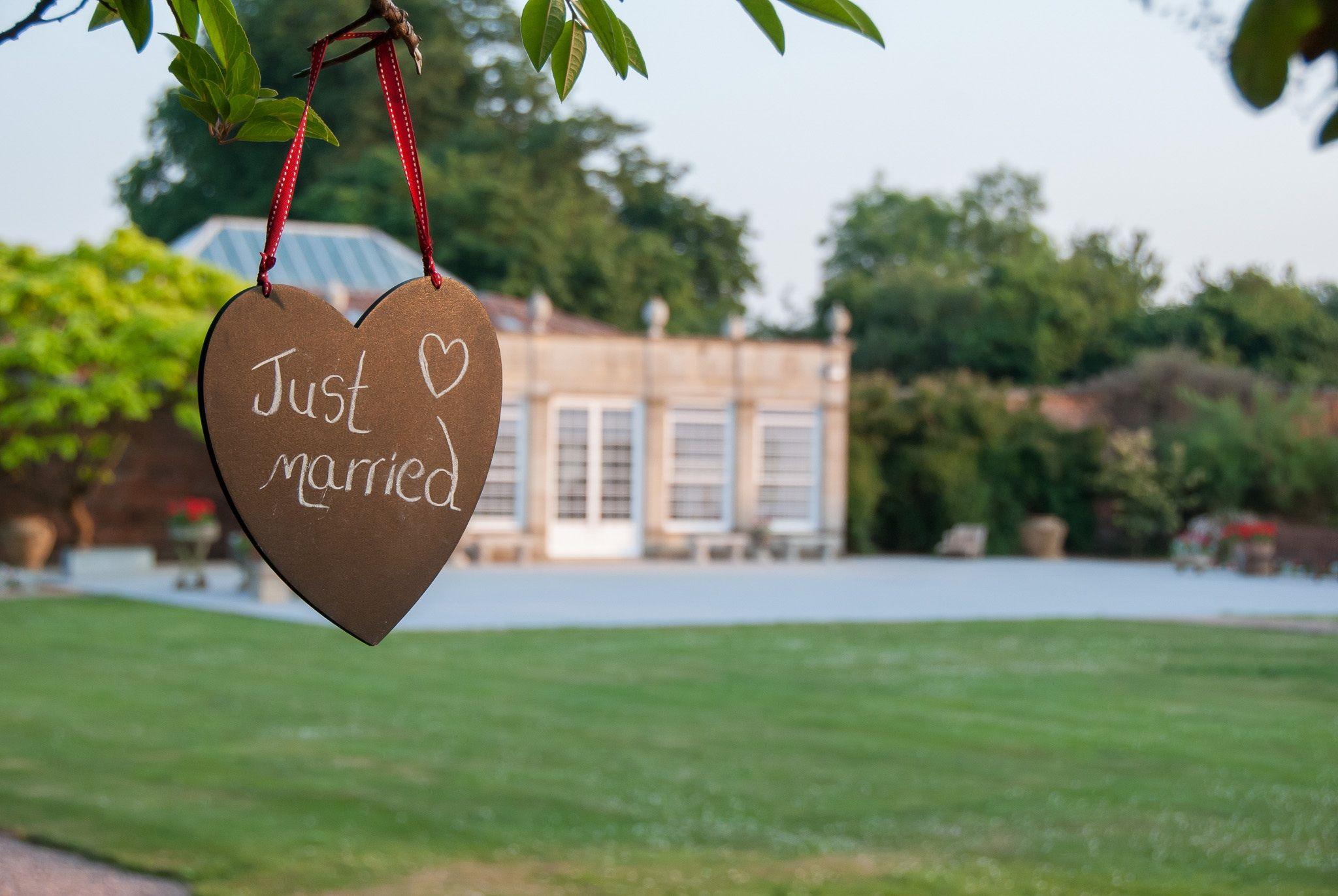 Weddings   Irnham Hall   Lincolnshire   Harvey & Harvey Photography