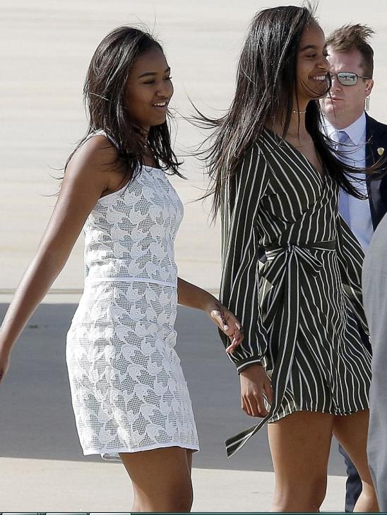 Sasha and Malia in Spain June 2016