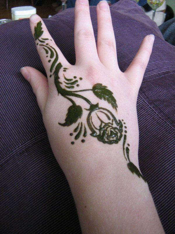 Henna Rose Tattoo Designs Rose Henna By Chibitwins Henna Tattoos Henna Tattoo