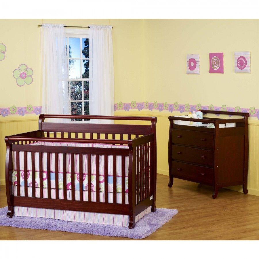 DaVinci Emily 4-in-1 Convertible Crib Nursery Set With