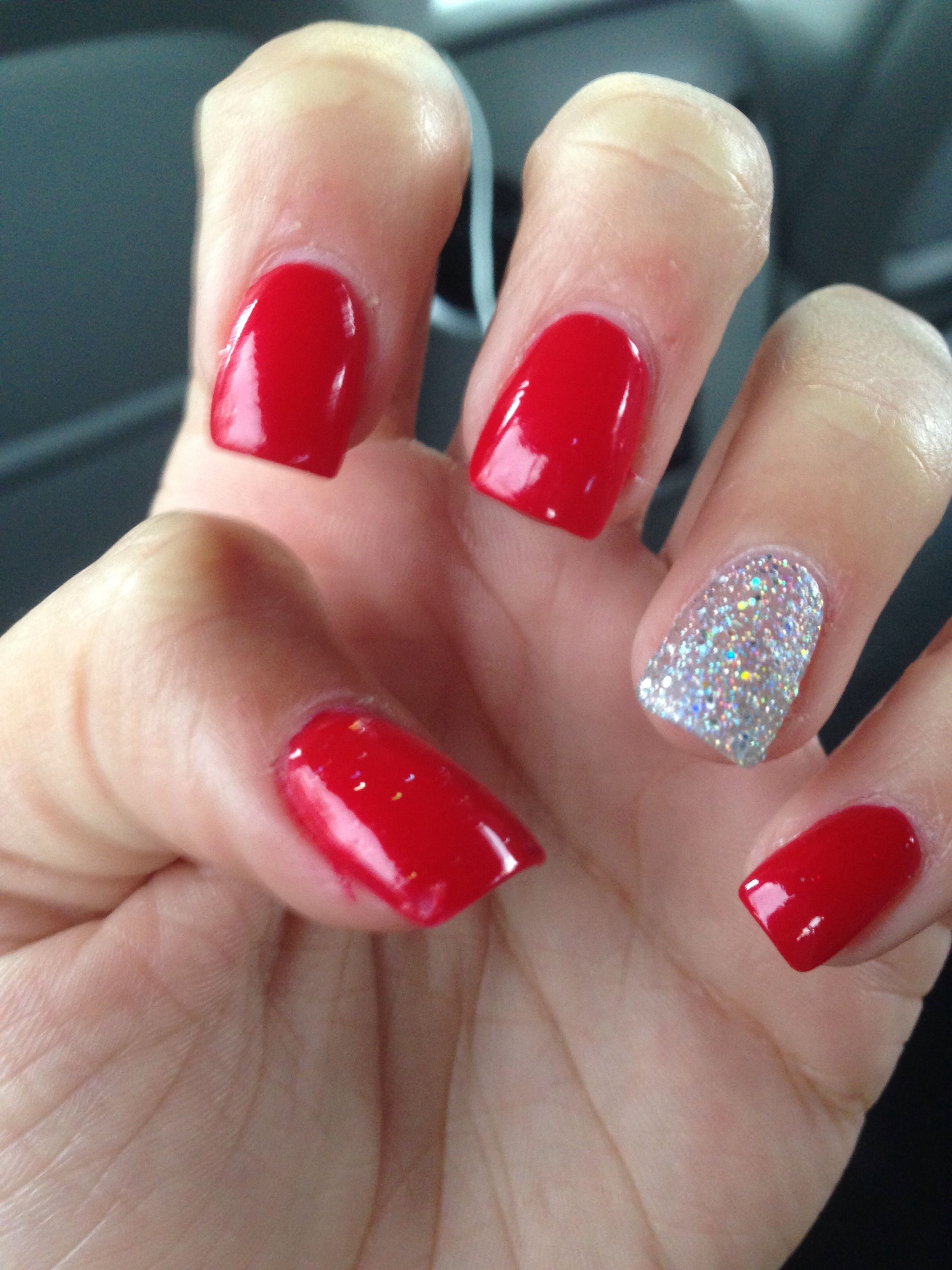 acrylics! red with glitter nail on ring finger | things to wear