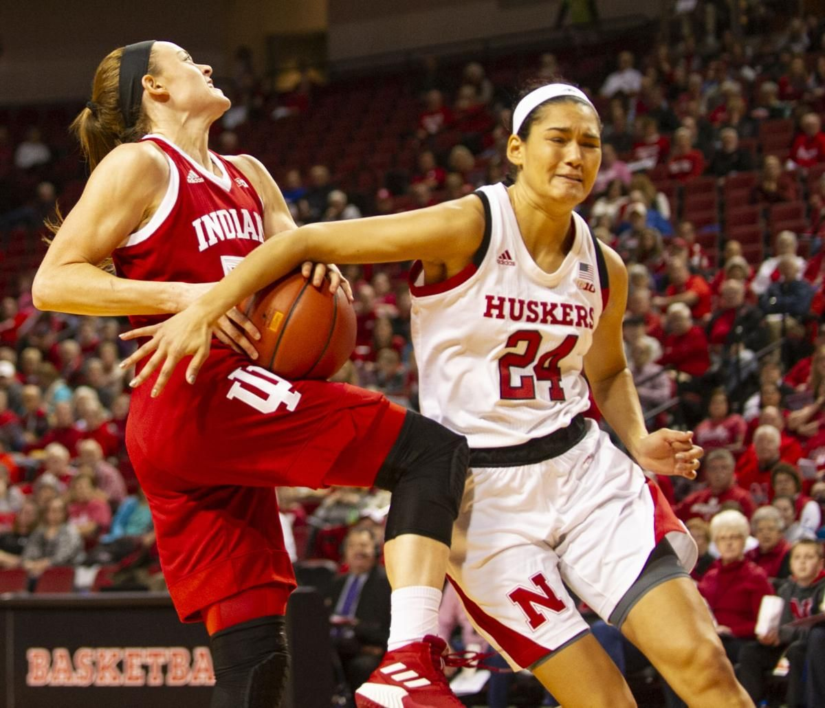 Hoosiers Make Key Late Game Shots To Edge Husker Women Latest Games Women Hoosiers