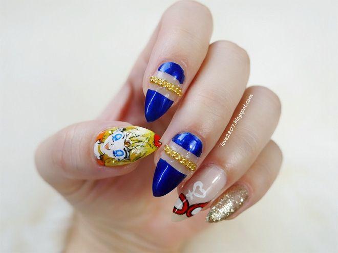 Sailor Venus inspired nailart by http://love2807.blogspot.de/2015/10/sailor-moon-blogparade-sailor-venus.html