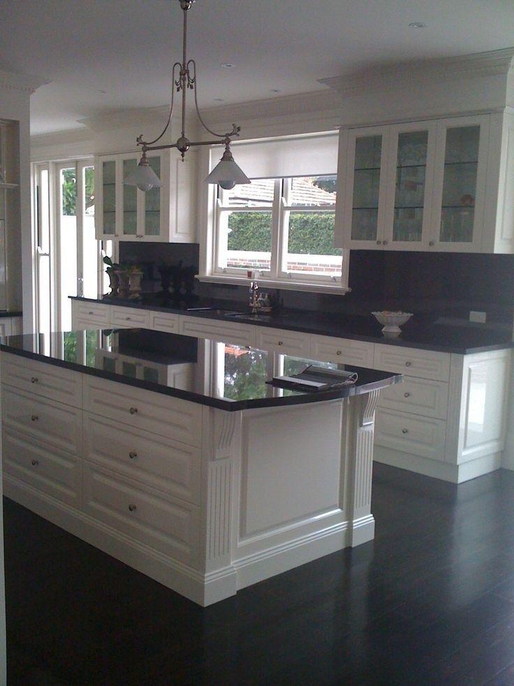 44 The Kitchen Backsplash With White Cabinets Dark Counter