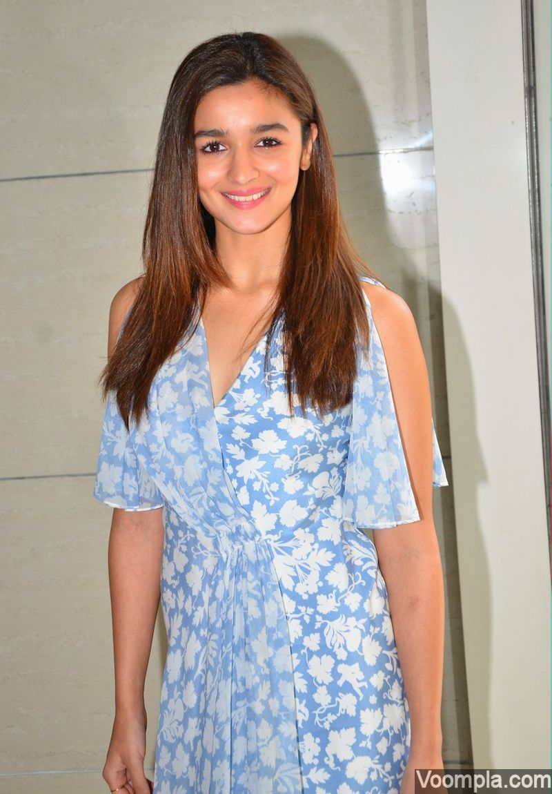 Alia Bhatt Launches Ikk Kudi Song From Udta Punjab Alia Bhatt