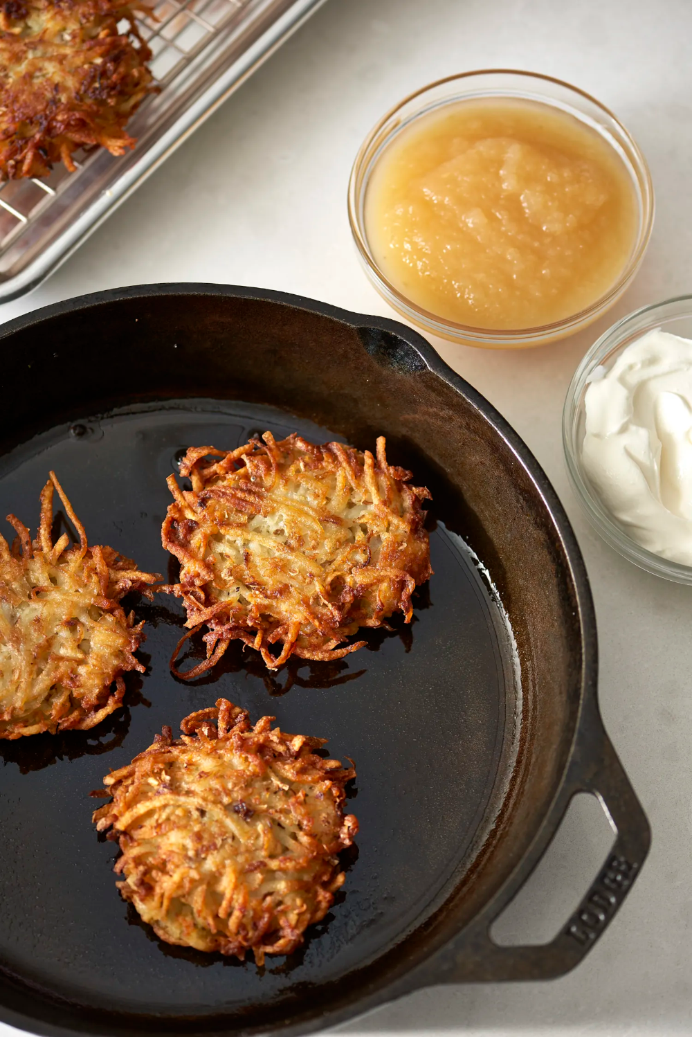 Photo of How To Make Classic Latkes: The Easiest, Simplest Method #potatolatkes We tried …