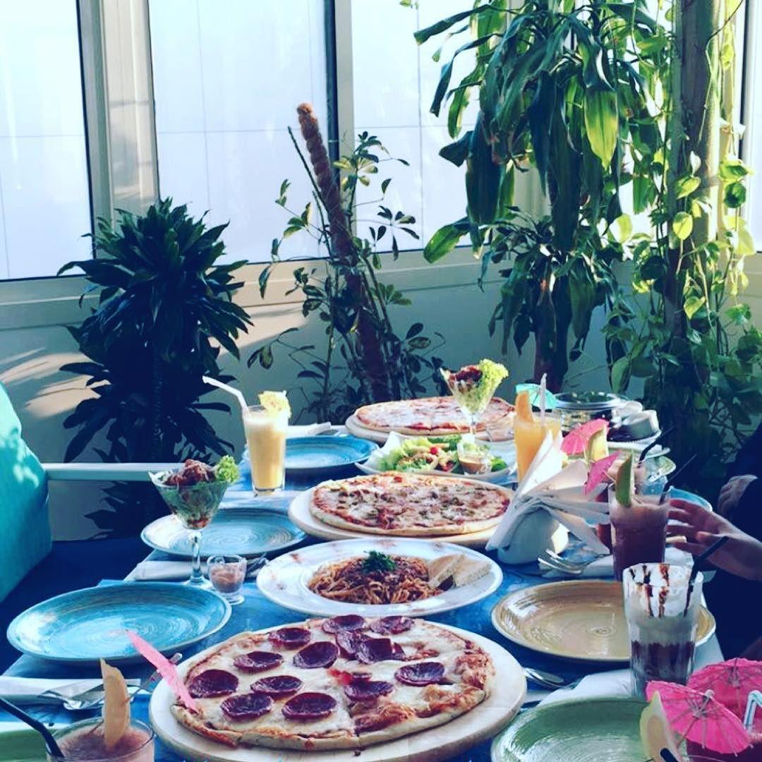 Marammaq On Instagram رحابة صدر البال مرتاح ل مة أهل يوم الجمعه ي هالرضاء ماأجمله Table Decorations Table Settings Decor