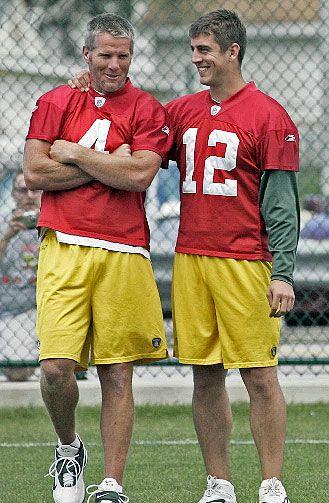 Brett And Aaron Green Bay Packers Football Green Bay Packers Fans Aaron Rodgers