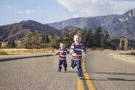 Kids running..