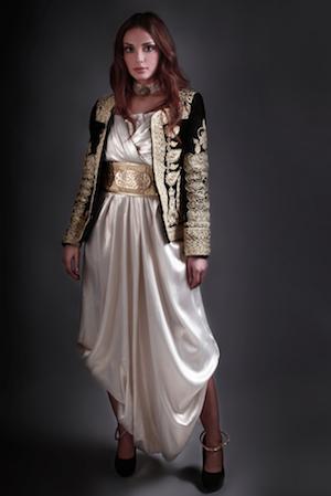 Épinglé sur Mode Bohème Ethnique Folklorique
