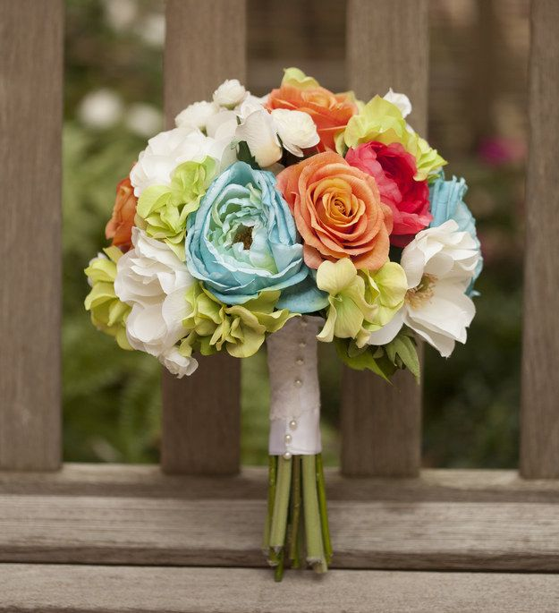 11 Times DIY Bouquets Didn\'t Fail ~ Make your bridal bouquet with ...