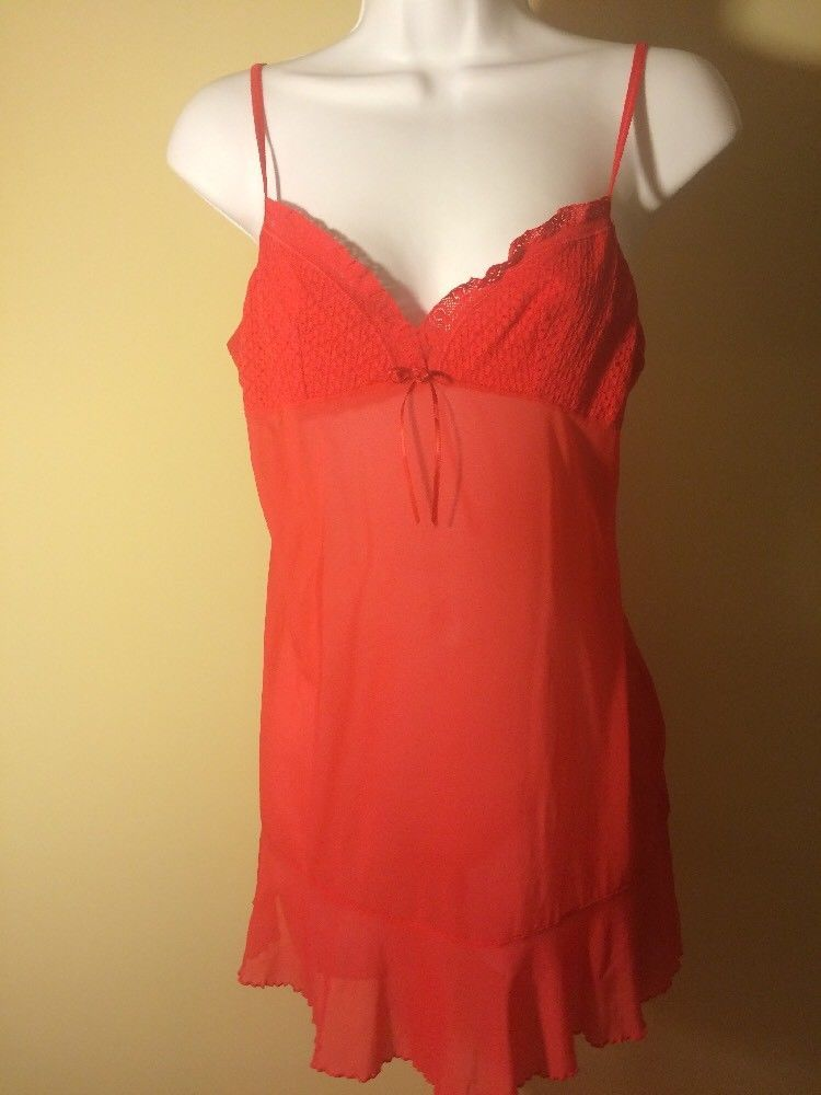 c3aacc69f6 VICTORIAS SECRET Solid Red NIGHTGOWN size L Large Christmas Santa   VictoriasSecret  Gowns