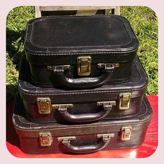 Vintage Travelers Style Suit Case Set of 3 (K'adpre : ejm)
