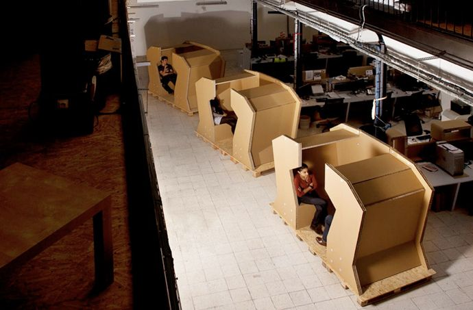 Cardboard Office Desk Design  Other Creative Cardboard Furniture