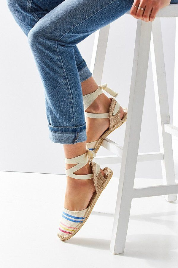 Urban Outfitters - Soludos Classic