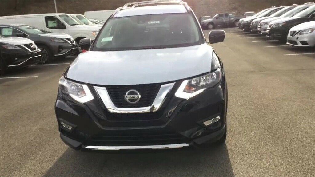 Used 2020 Nissan Rogue Sv Magnetic Black Pearl Nissan Rogue With 0 Available Now 2020 Nissan Rogue Nissan Rogue Sv Nissan