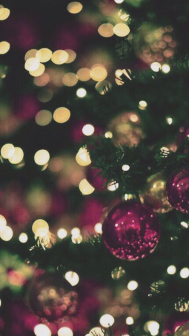 Christmas bokeh | iPhone wallpaper