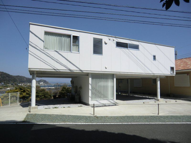 House in Kamogawa / Hamada Architects