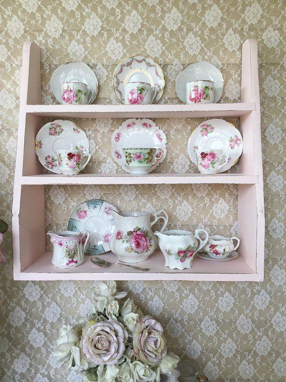 Curio Shelf Plate Rack
