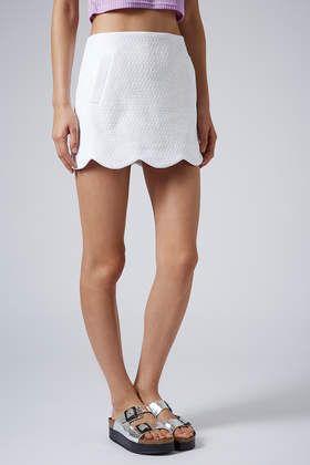 Boucle Scallop Hem Skirt