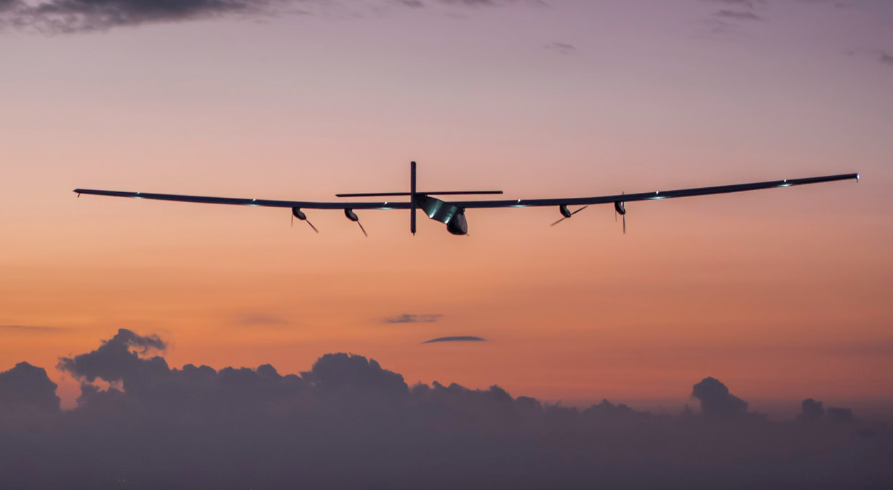 Solar Impulse arrives in Hawaii after flying five days nonstop from Nagoya, Japan.