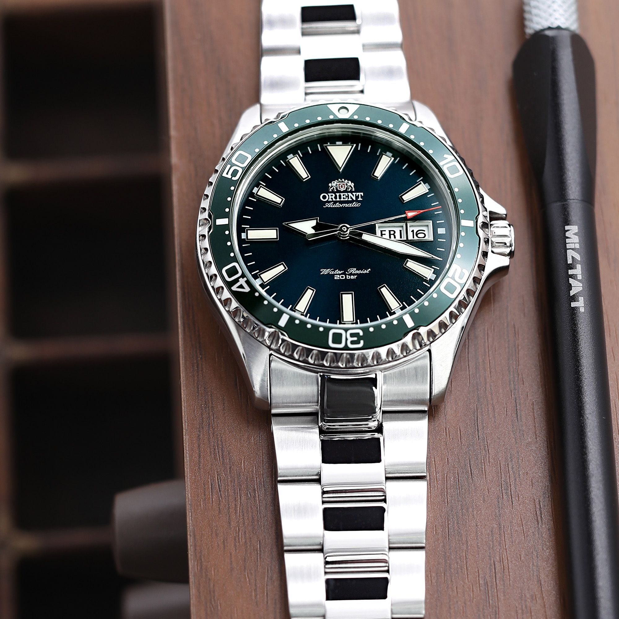 How To Get A Brushed Finish On Stainless Steel Watch