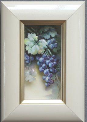 grapes made by Kazumi Iitaka