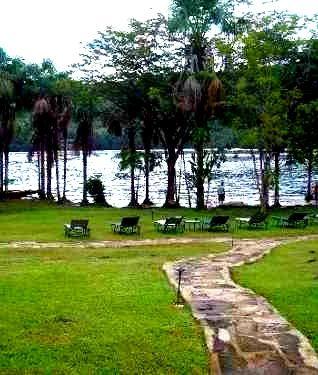 Parque Nacional Canaima hacia el Salto Ángel La Gran Sabana Ciudad Bolívar, Venezuela tiene encantos escondidos para que aprendas a querer!!