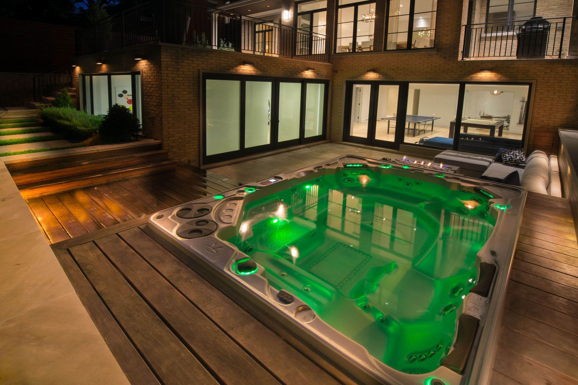 The 1038 is the biggest Self-Cleaning hot tub available at 8ft wide ...