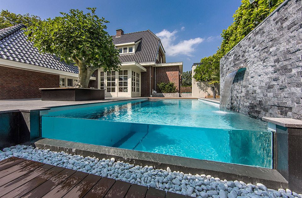 16 Of The Worlds Most Awesome Swimming Pools Modern Backyard Landscaping Swimming Pools Backyard Small Backyard Pools