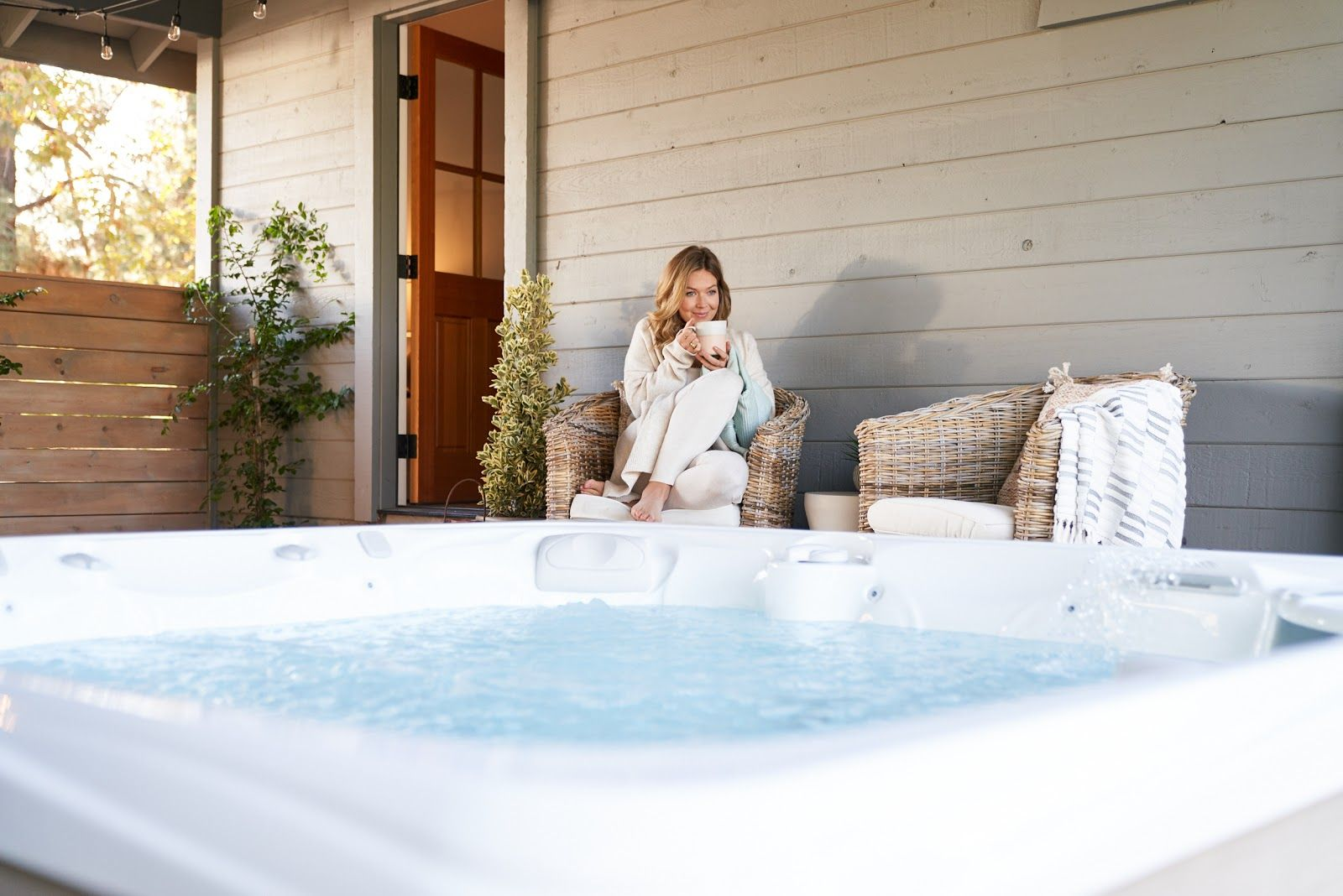 Benefits of Hot Tub Therapies in 2020 (With images) Hot