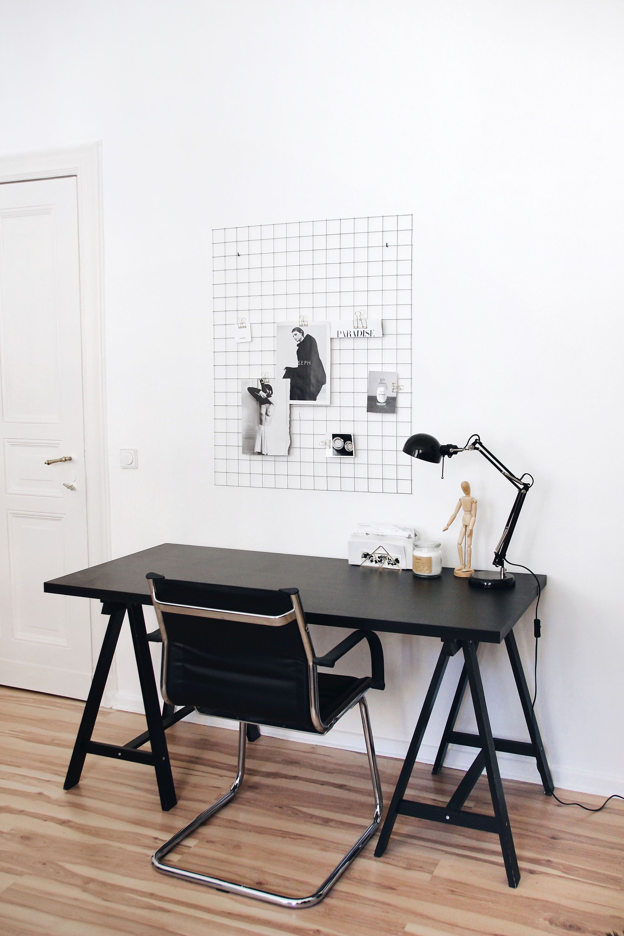Elisa From SCHWARZER SAMT Is Showing Her Minimal Working Space With A  Moodboard Grid And A