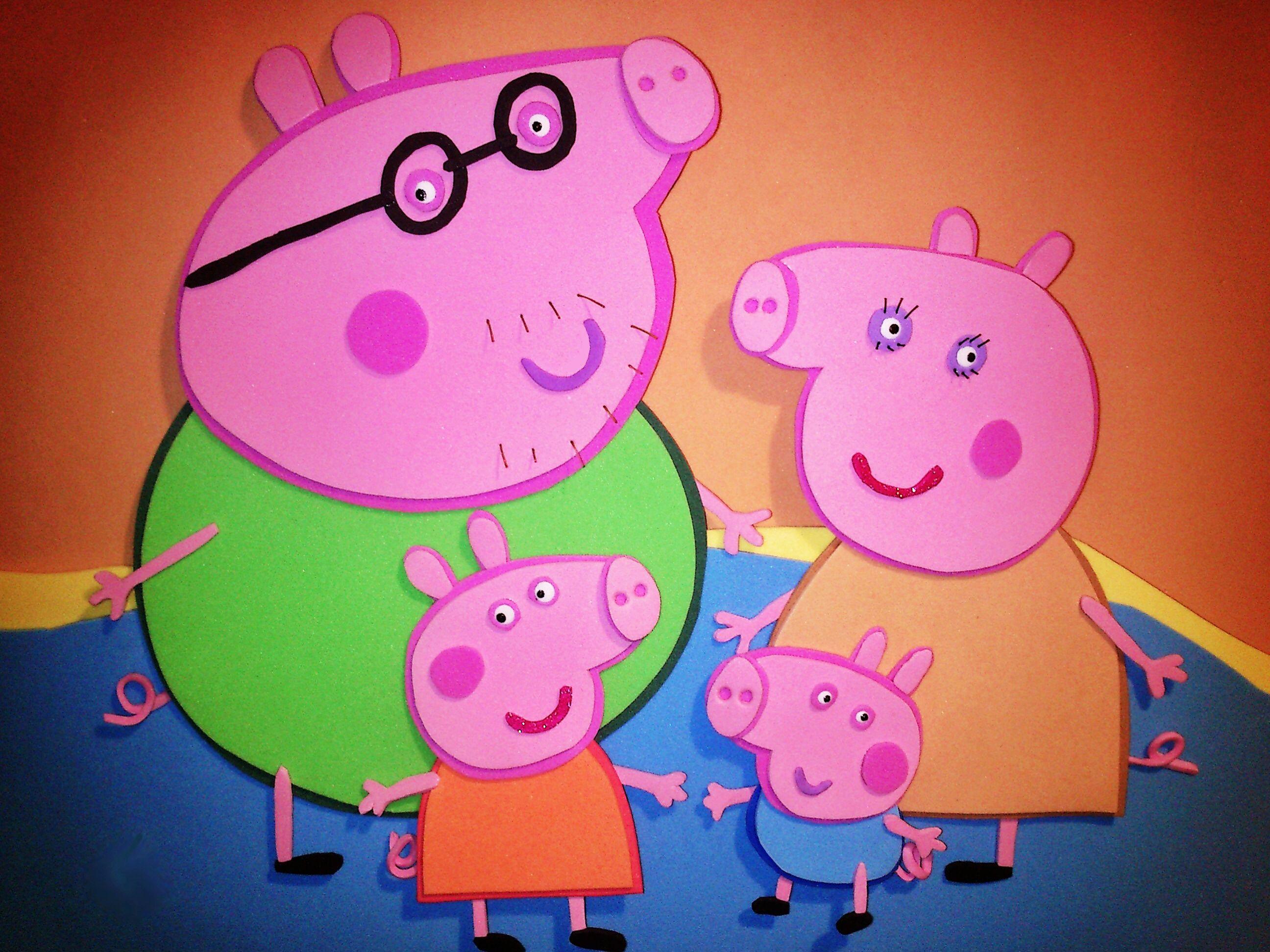 Nombre Barbara / Peppa pig / Goma EVA / Craft Foam ,  A Mano / Handmade , Personalizado / Diferente / Unique. www.gomaindociles.com