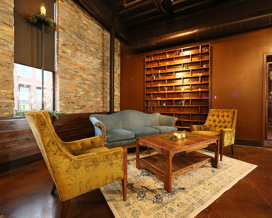 This antique furniture provides the perfect lounge area for wedding guests.  The perfect venue for - This Antique Furniture Provides The Perfect Lounge Area For Wedding