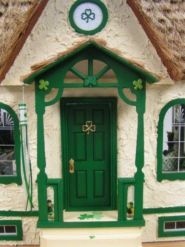 Kathy S Miniatures Charming Irish Cottage Dollhouses I